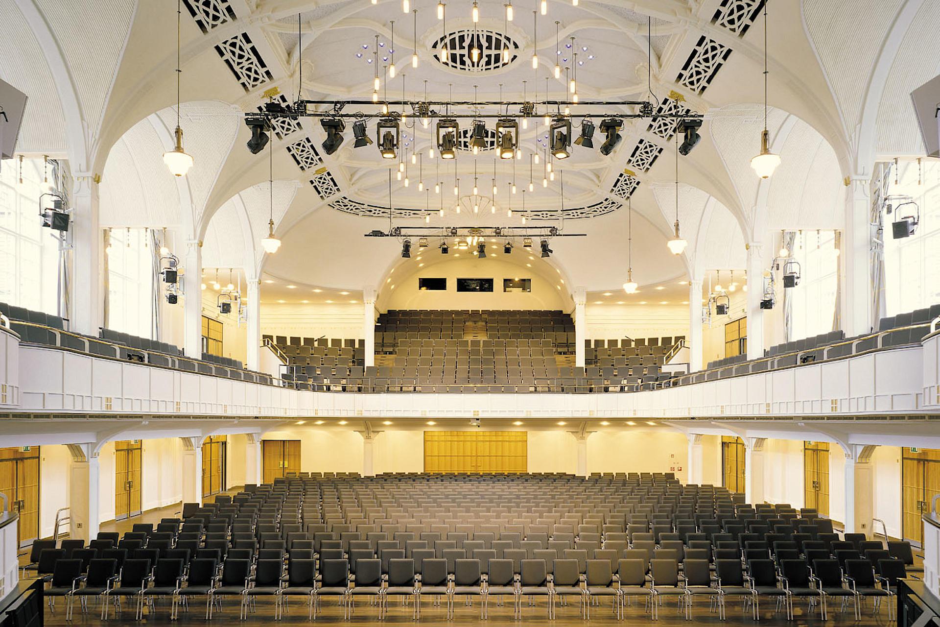 DE Landau Festhalle 1 web1