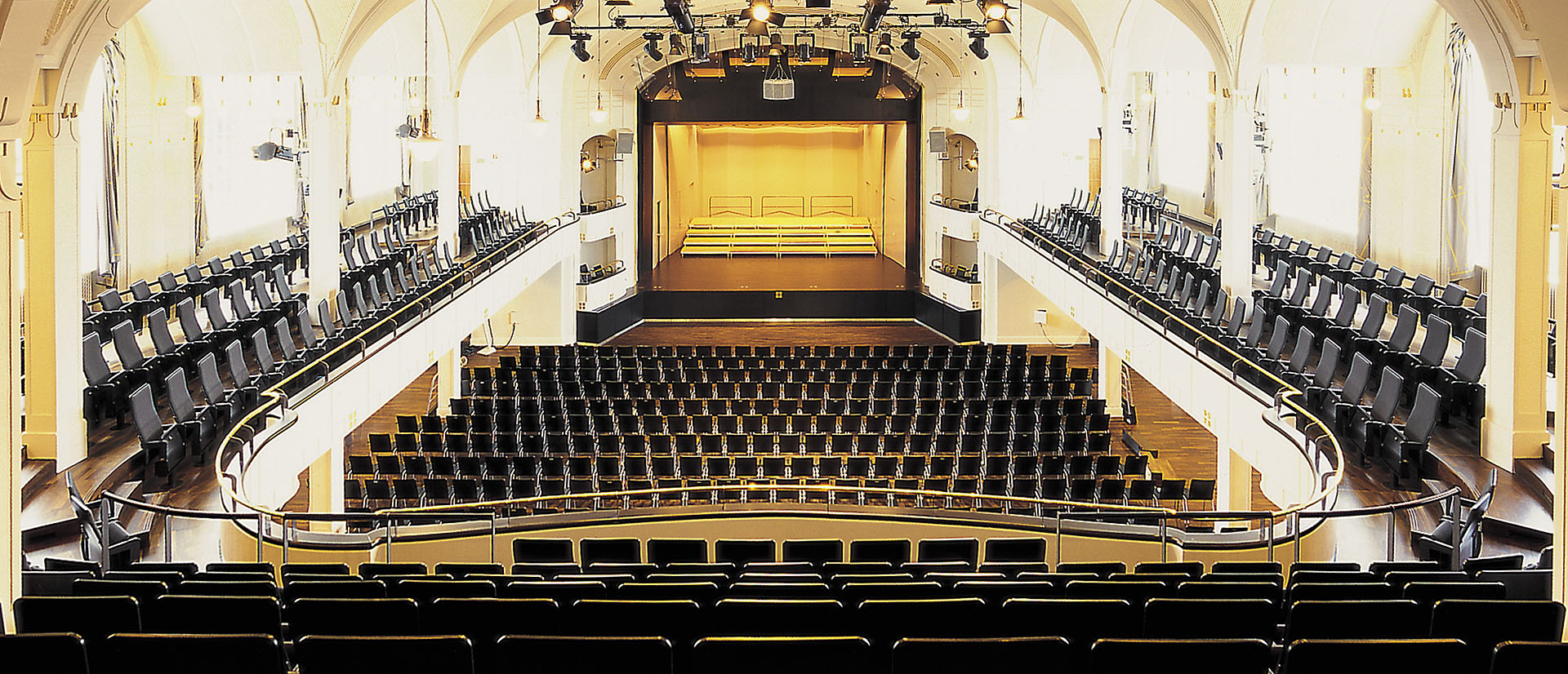 DE Landau Festhalle 2 web