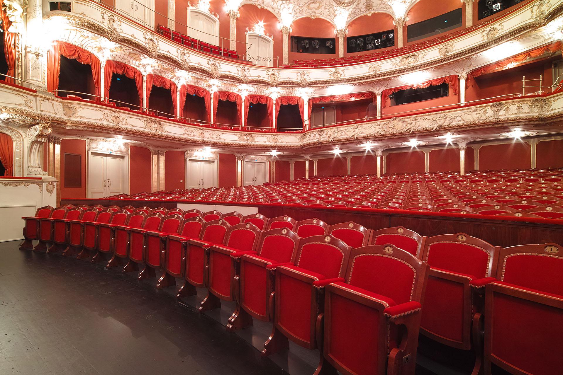 DE Fürth Stadttheater 03 web1