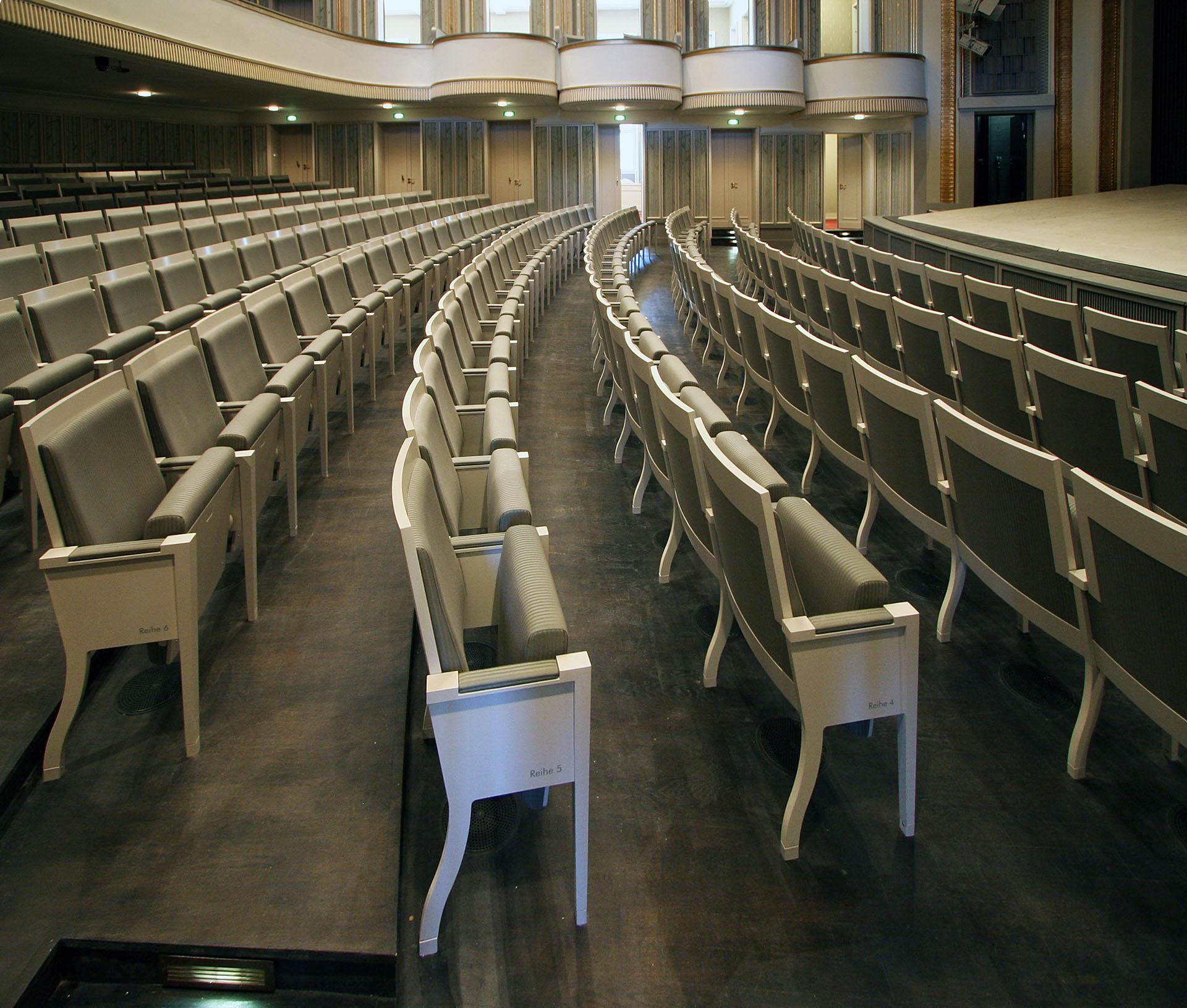 DE Stralsund Theater 13 web