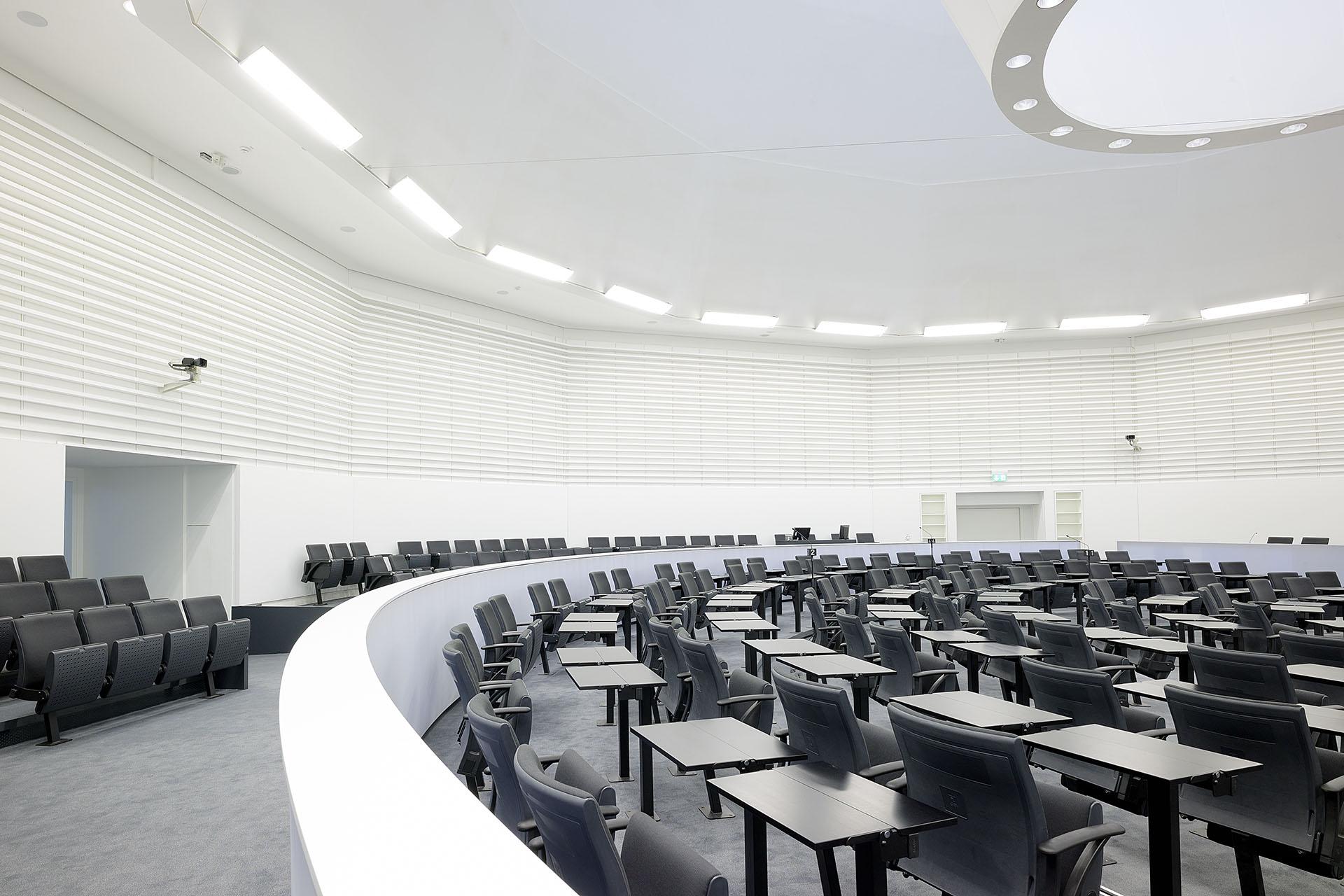 DE Stuttgart Landtag BG 2 web