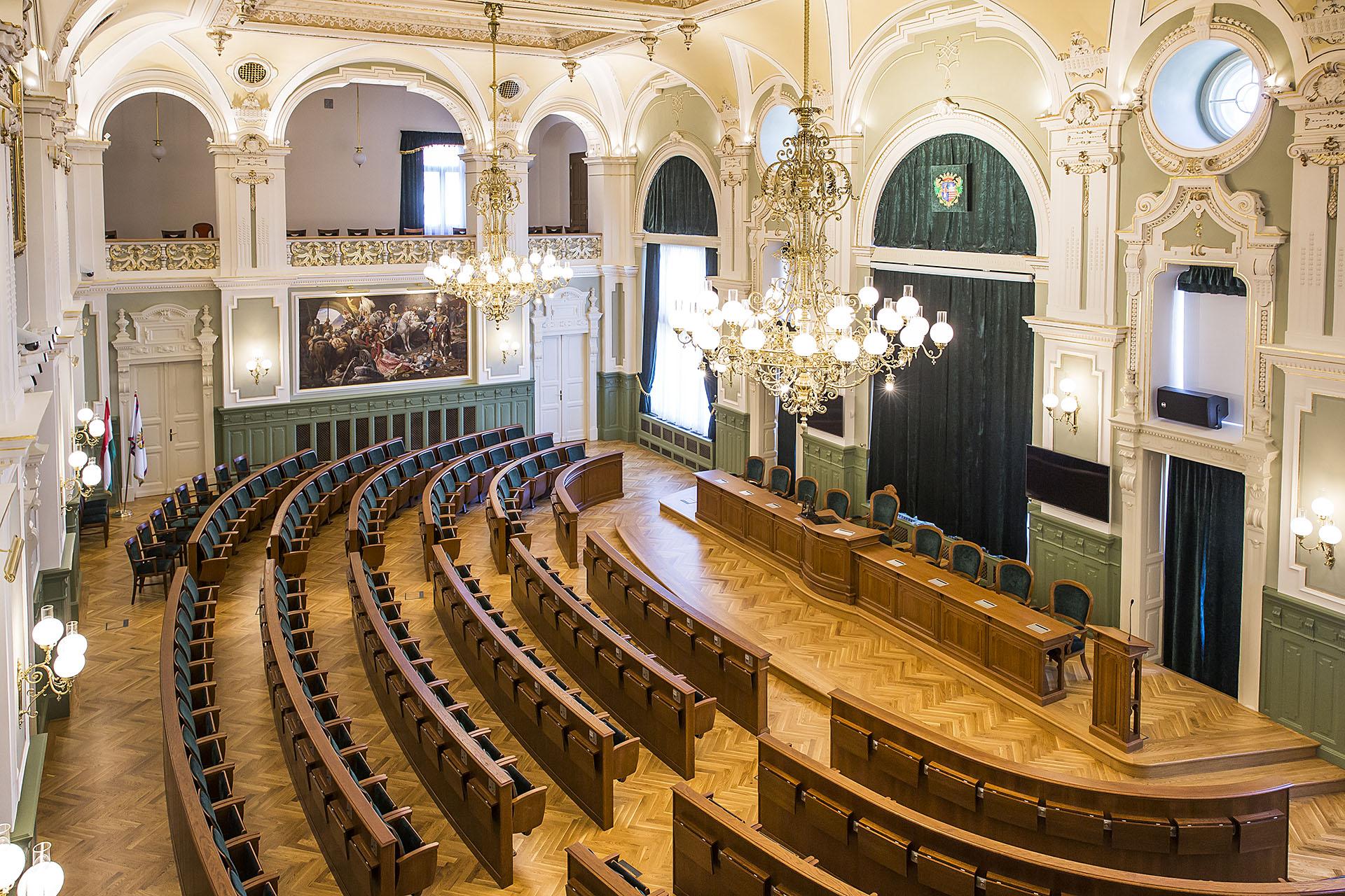 HU Györ Rathaus Festsaal 01 web1