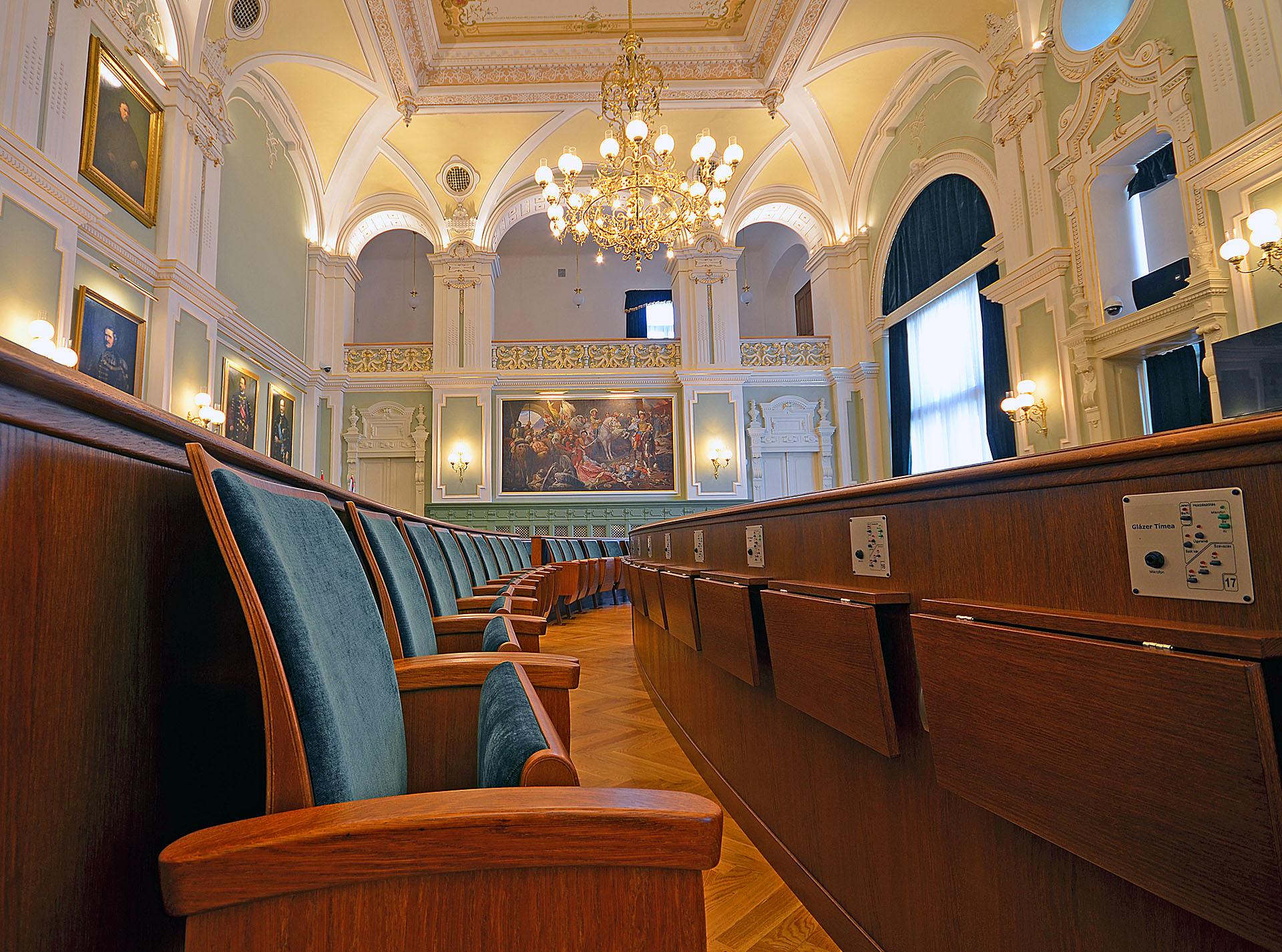 HU Györ Rathaus Festsaal 4 web